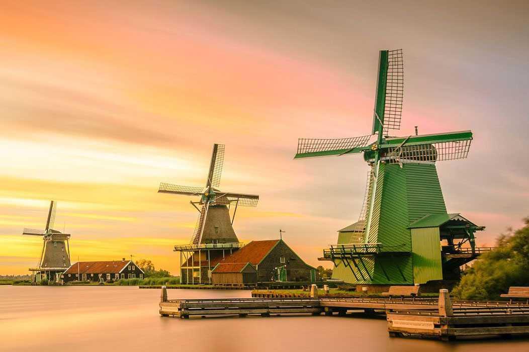 ¡Holanda, tulipanes y molinos !!