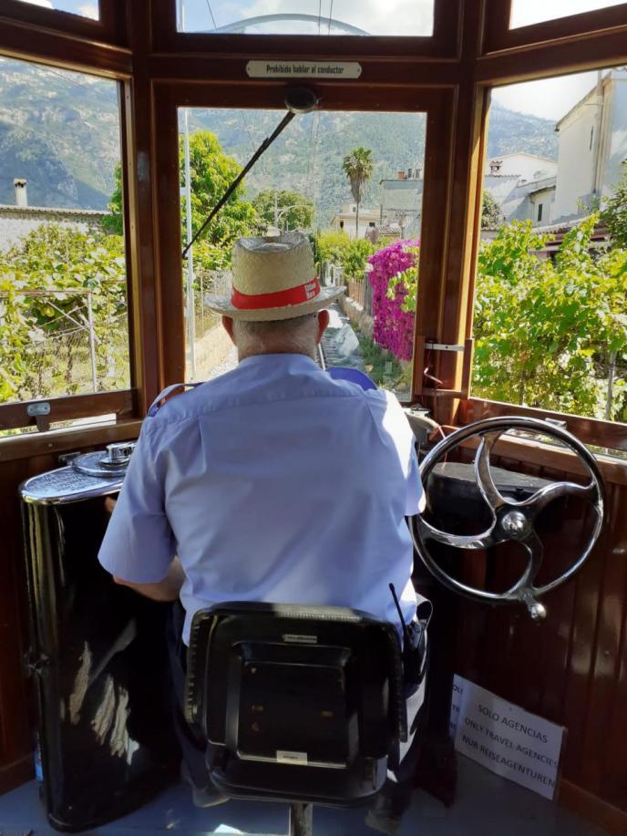 Regreso a la Vall en tren